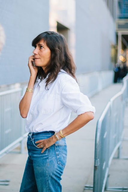 Emmanuelle Alt in jeans and a white shirt at NYFW