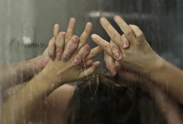 Ο κακός χαμός στο Αγρίνιο: Νύφη έπιασε στα πράσα τον πατέρα της με