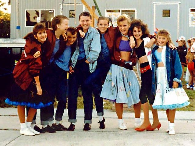 pictures of teenagers of the 1980s vintage everyday