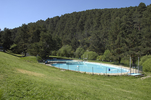 Piscinas naturales en madrid y muy cerquita for Piscinas cercedilla