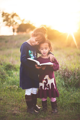 au pair, baby, babysitter, child care, children, day care, daycare, daycare near me, how to kiss, kids, kids az, kids clothes, kindercare, kindergaten, pottery barn kids, preschool, preschool near me, reading az,