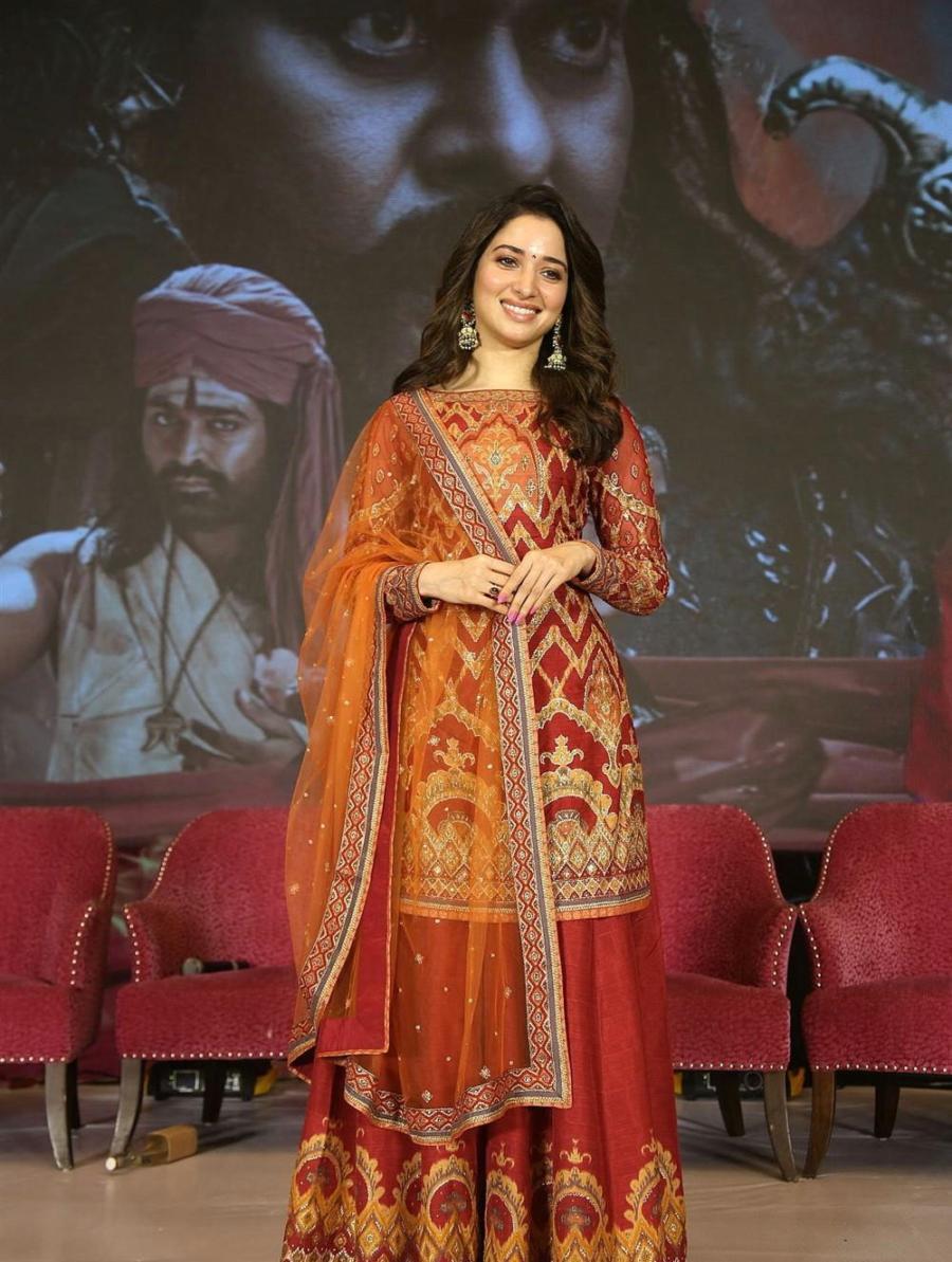 Tamannaah at Sye Raa Narasimha Reddy Movie Thanks Meet