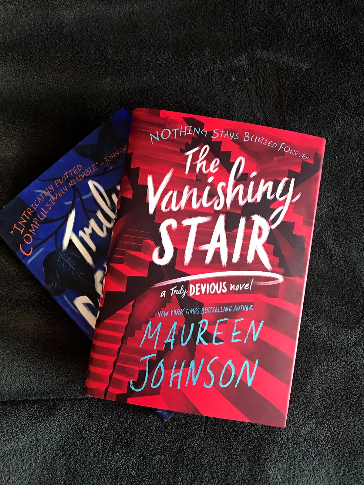 Nerdy By Nature: The Vanishing Stair (Truly Devious #2) Review