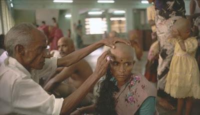 Kisah Kelam di Balik Pembuatan Rambut Extension