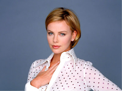 charlize_theron_wallpaper_1