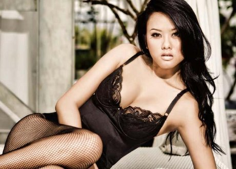 Hot Pictures Devi Liu On Black Lingerie