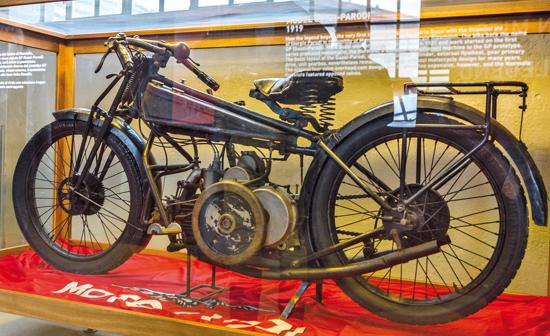 Moto Guzzi G.P. 500 prototype - 1919-1920 - left