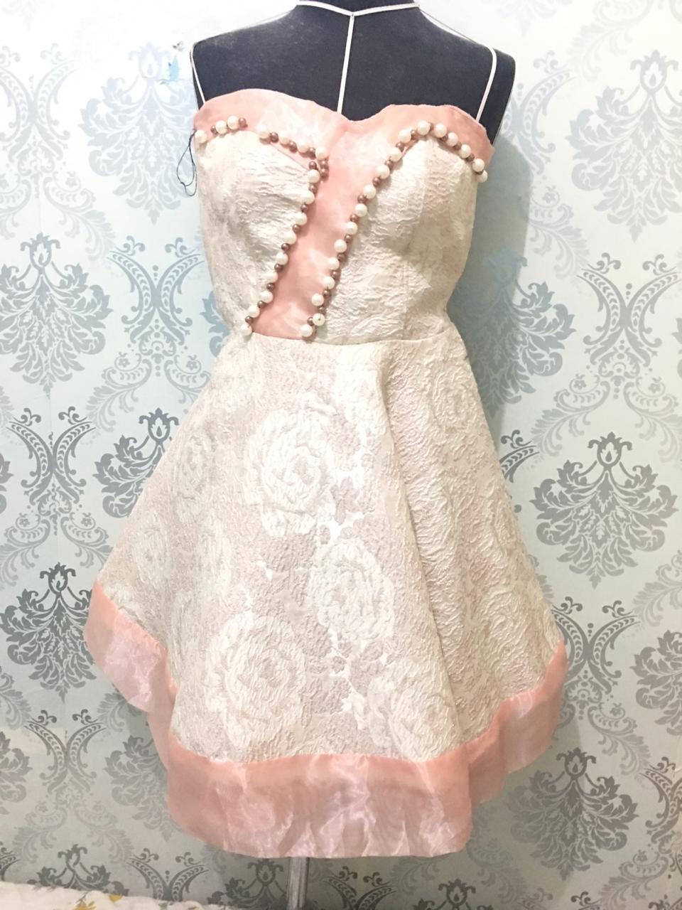 Sarah Santoso Designer Muda ini, Siap Produksi Koleksinya