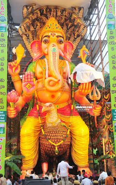 Ganesh Idol at Khairatabad 2011