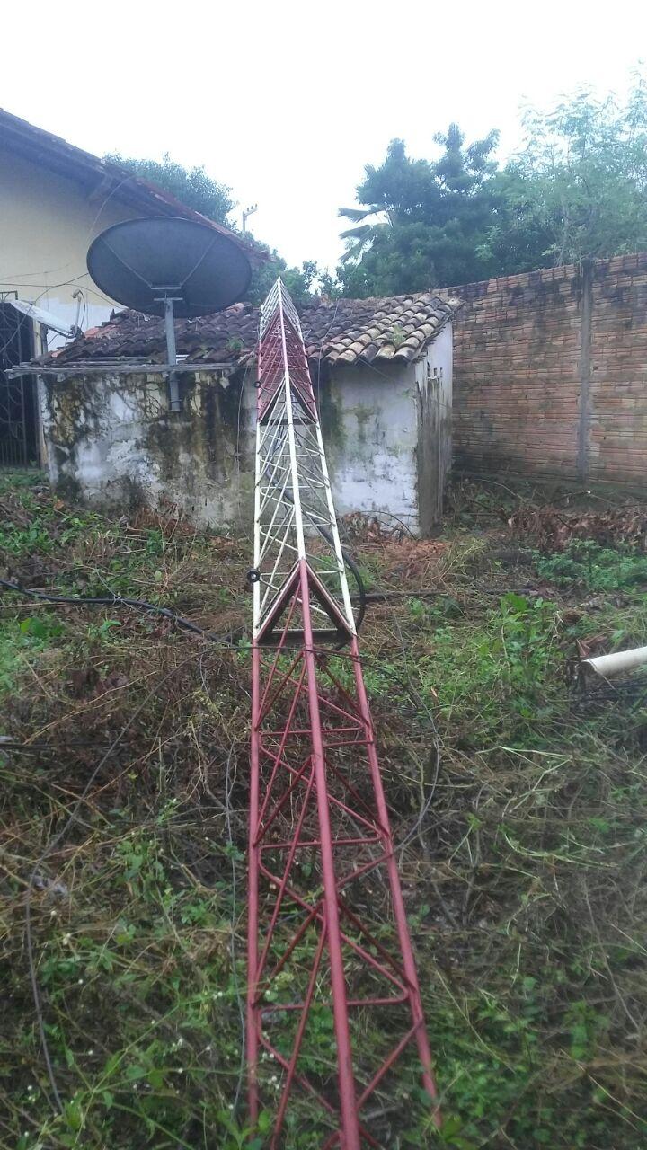 Atos de terrorismo no Maranhão: Torre da TV impacto de Pirapemas é derrubada