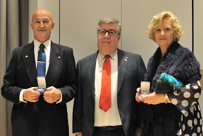 José Luis de la Cruz y Maite Bravo con Ángel Iglesias
