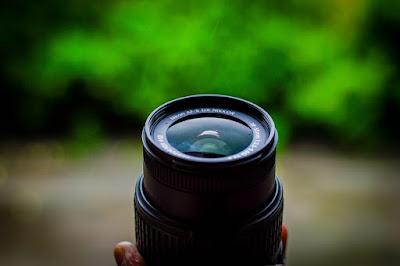Through-The-Lens-DSLR-Photography