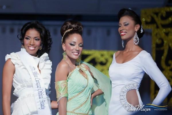 celebrity hairstyle 2014: Miss Curaçao Universe 2011, Jansen