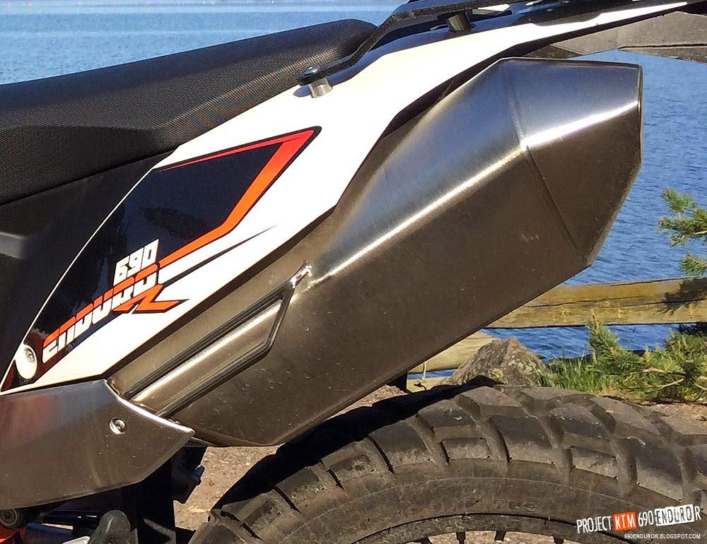 project KTM 690 Enduro R: Decatting the 690 Enduro R stock