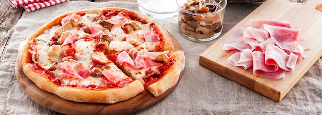 Reteta Pizza Prosciutto e Funghi
