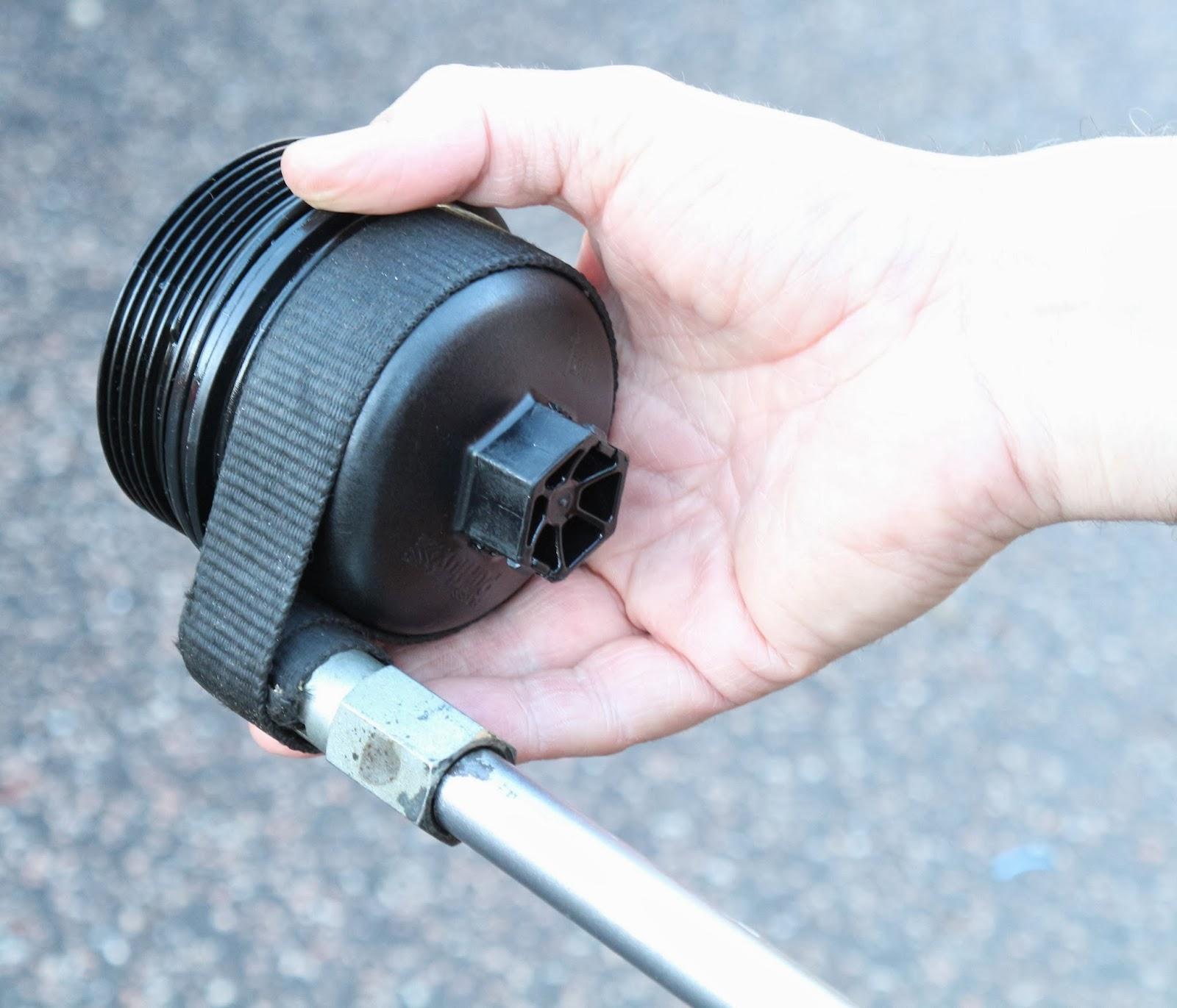 Motoring Stories Engine Oil Change on a 2008 Defender
