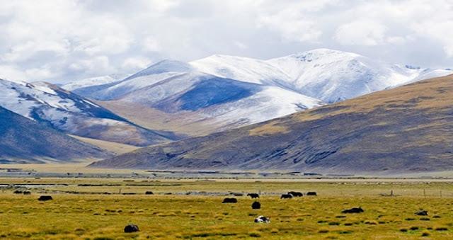 青藏鐵路沿途風光-唐古拉山