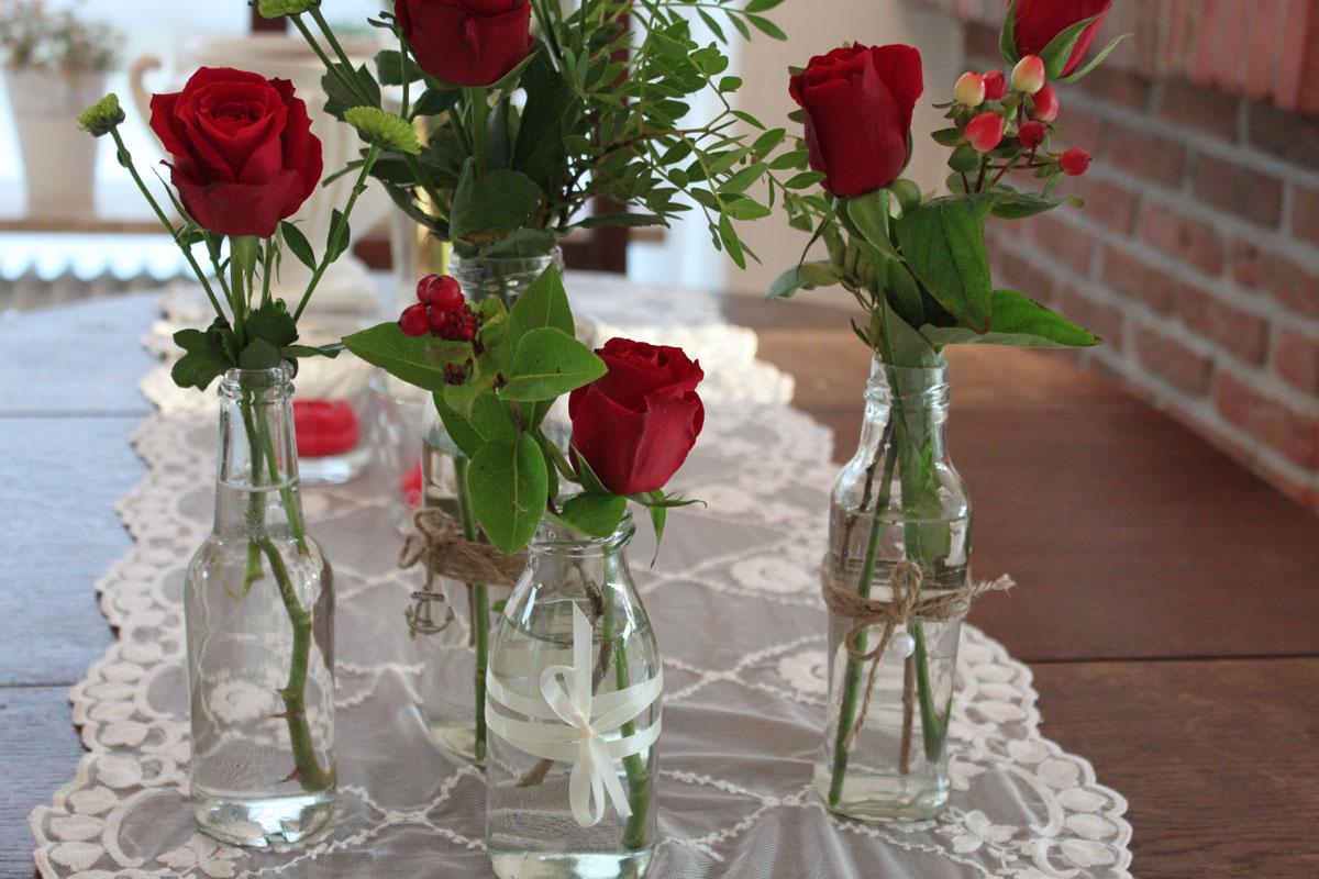 Ankerwerfer: Blumenschmuck In DIY Vasen