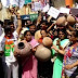 विडियो खबर-शाजापुर नपाध्यक्ष के घर के सामने भाजपा ने किया प्रदर्शन, मटका फोड़, बजाई थाली और घंटी, नींद से जागो के लगाये नारे, देखे पूरी खबर और विडियो