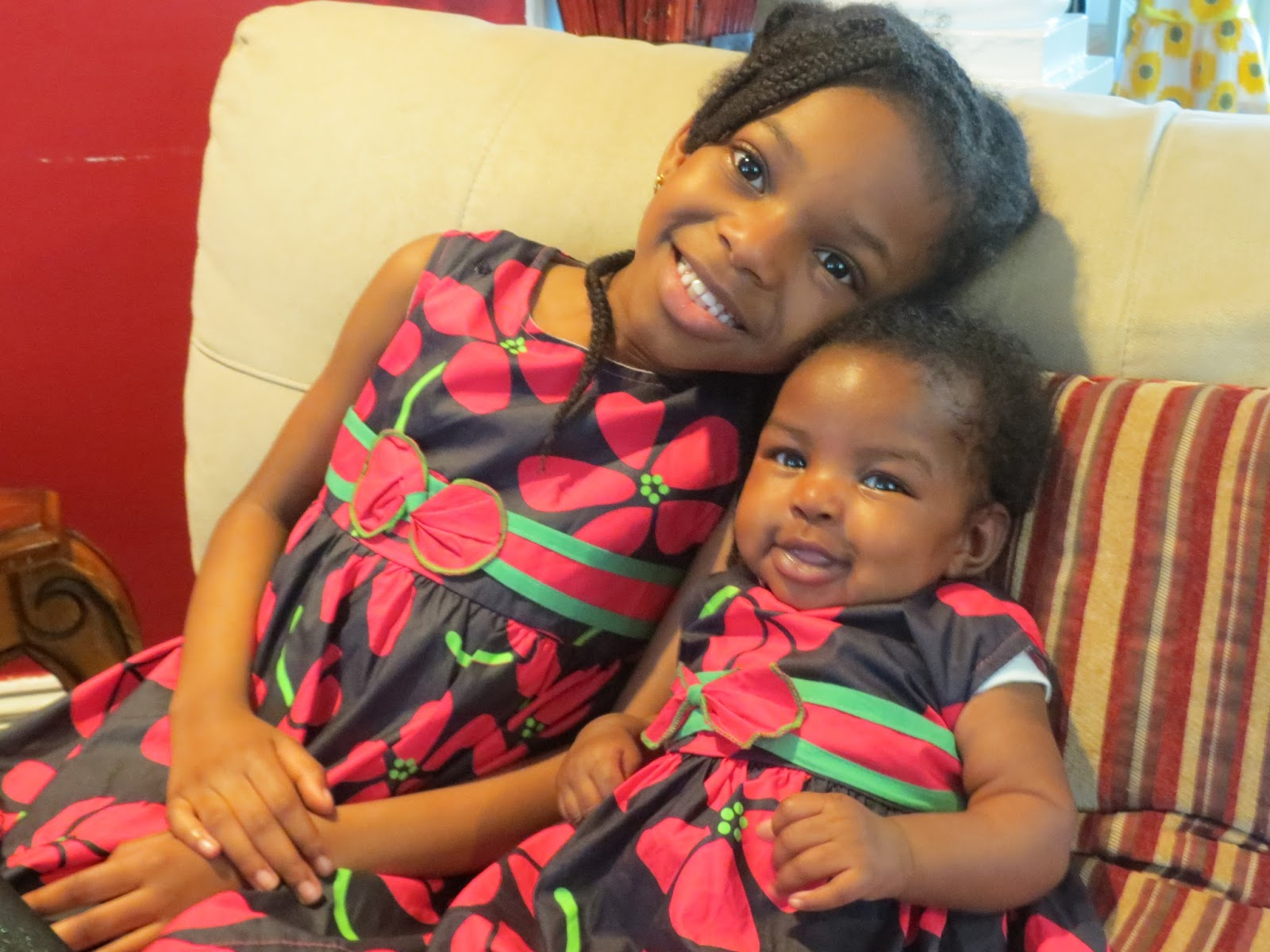 A Sister's Love, MyStyleOasis, Children Photography, Sisters, Matching Outfits for Little Girls