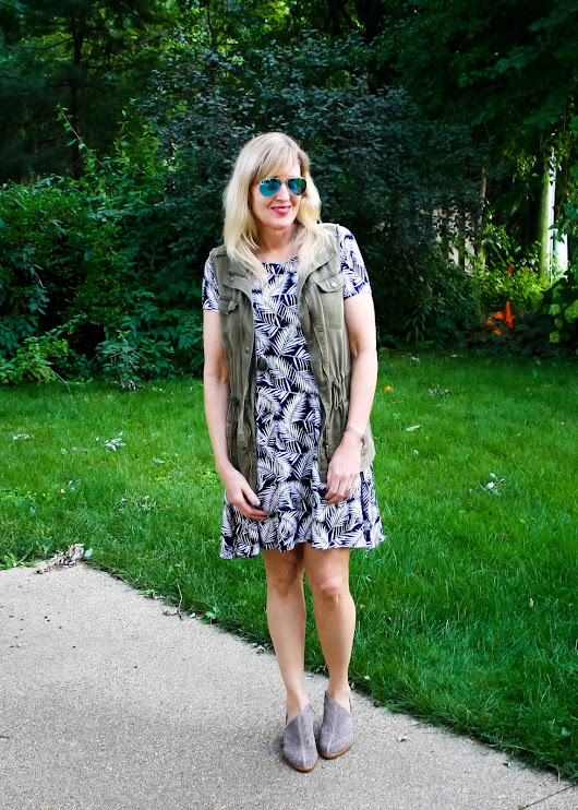 How to Wear Palm Print into Fall (& TFF Linkup)