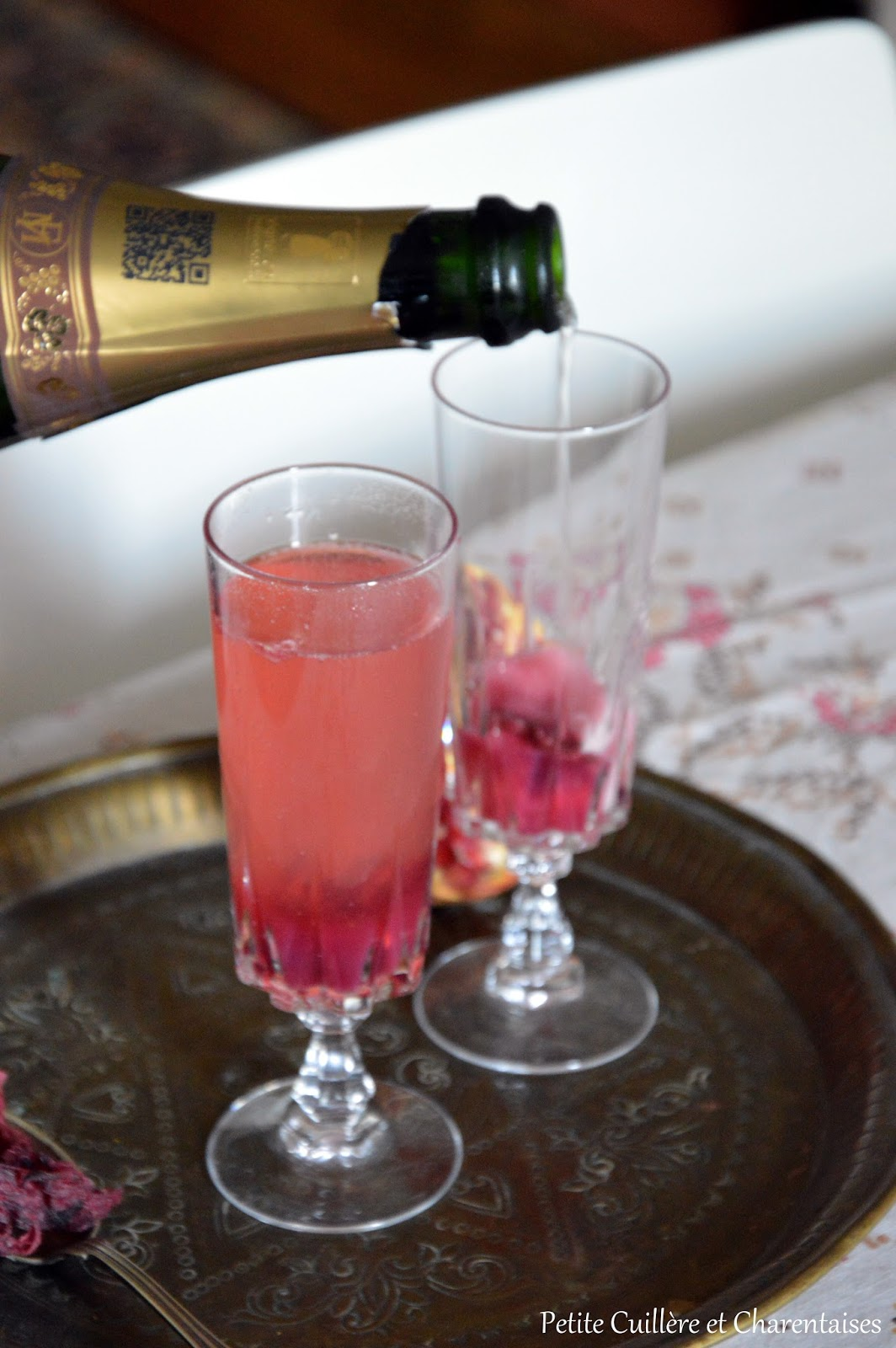 Petite cuill re et charentaises cocktail champagne for Cocktail hibiscus