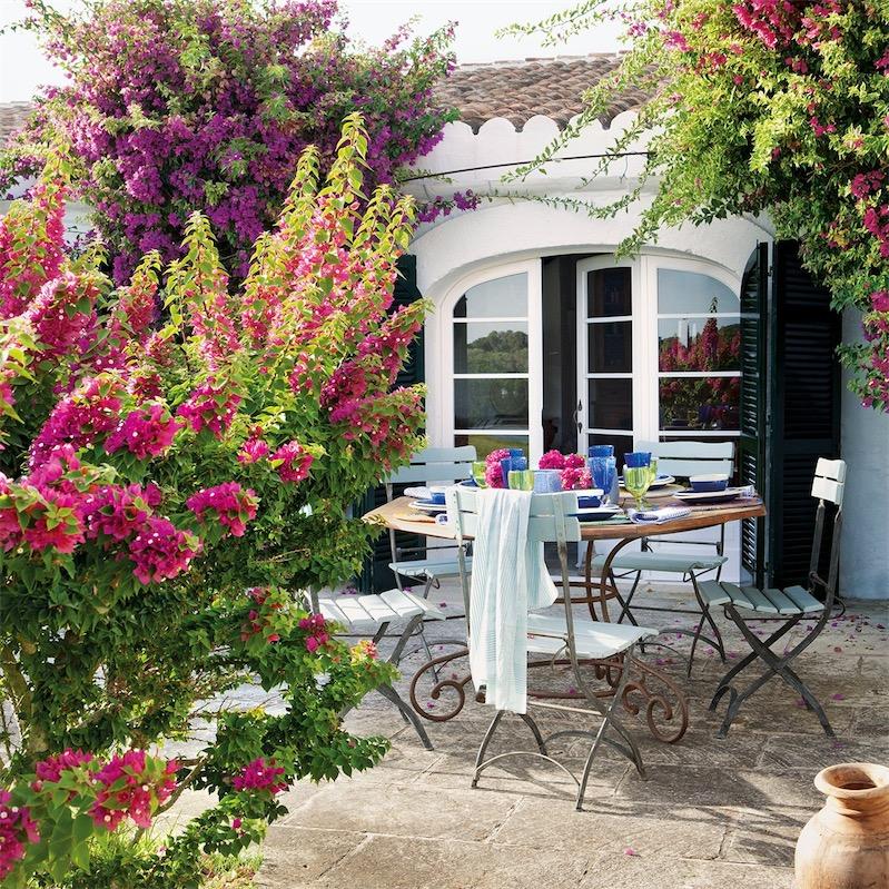 Una antigua casa de labranza menorquina convertida en refugio vacacional beautiful house in - Casa de labranza ...