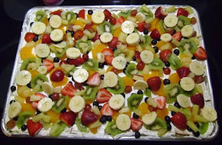 TAMMY'S FRUIT PIZZA