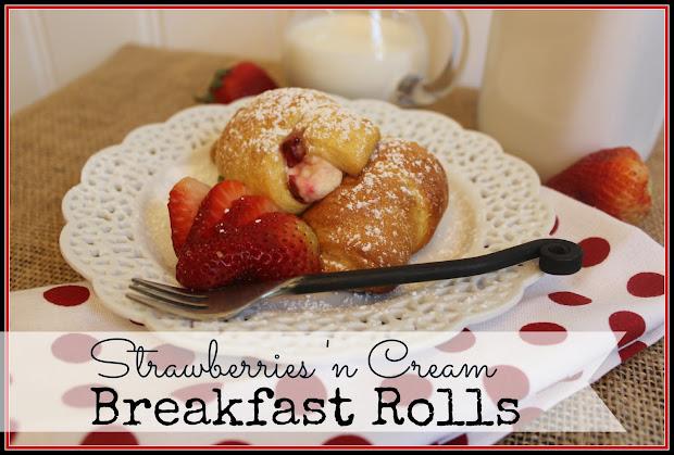 Tasty Tuesday #2 Strawberries ' Cream Breakfast Rolls