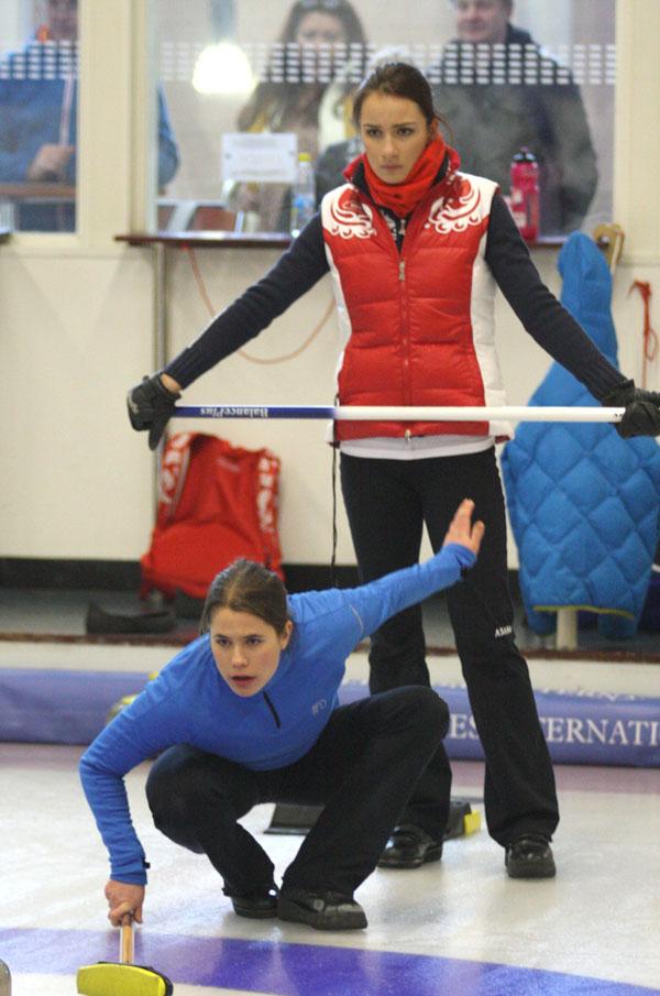 Skip Cottage Curling: Glynhill Impressions