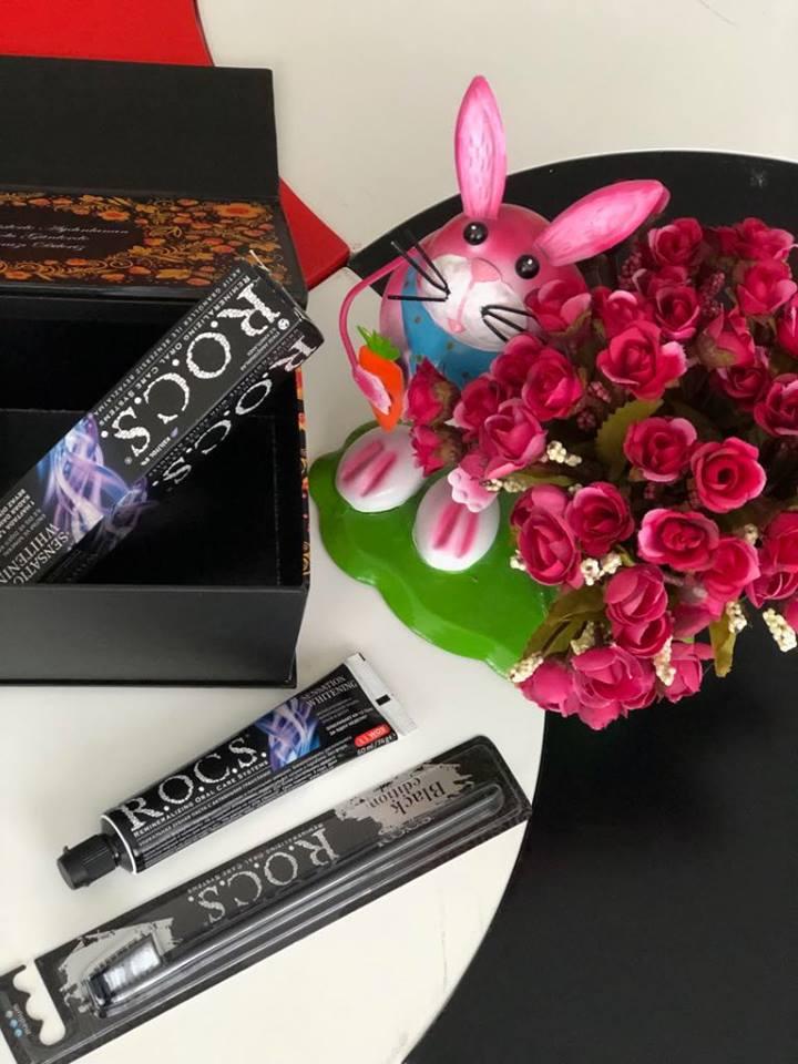 Rocs Sensation Whitening Ekstra Beyazlatıcı Florürsüz Diş macunu-Black Edition Diş Fırçası