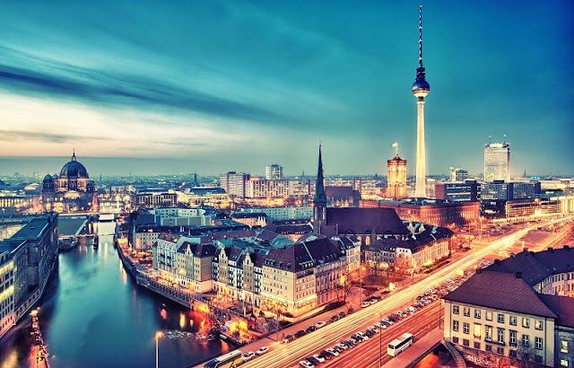 Vista noturna de Berlim