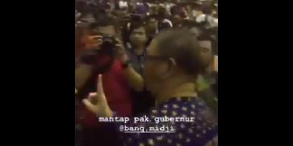 """Gubernur Kalbar Acungkan 1 Jari Dibalas Salam 2 Jari """"Hidup Prabowo!"""""""