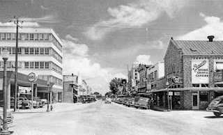 700 block of Water Street, Kerrville, mid-1950s