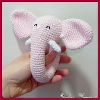 Sonajero elefante amigurumi