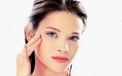 la piel puede ser blanqueada desde la comodidad del hogar a bajo costo