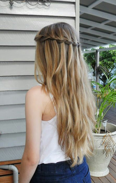 Crown bride long hairstyle