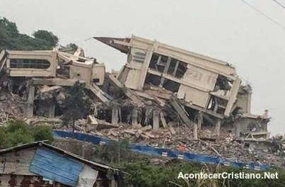 iglesia Sanjiang destruida en China