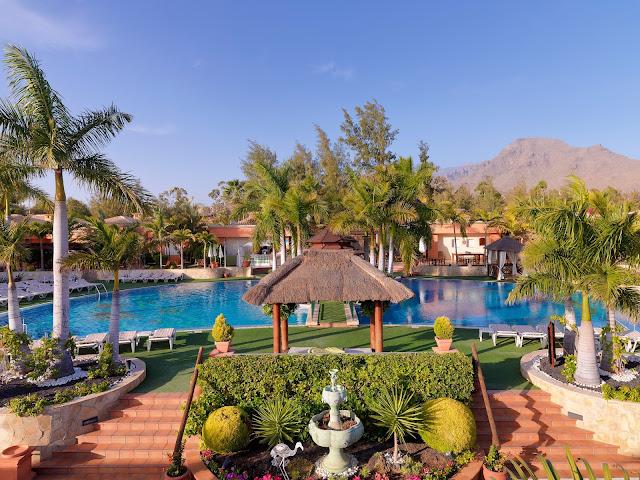 Edel 39 s mat vin - Green garden piscina ...