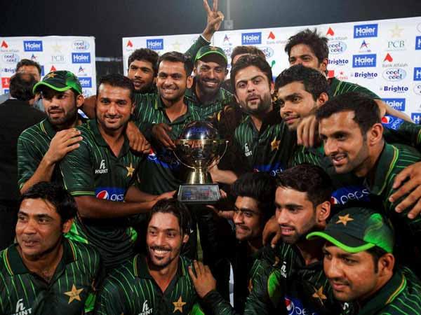 आईसीसी की नंबर -1 T20 टीम रैंकिंग में पाकिस्तान काबिज है।