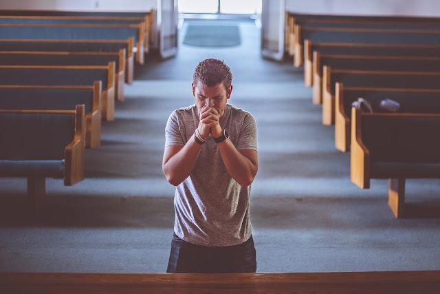 Dios: ¿cómo lo ven las diferentes religiones? (ensayo)