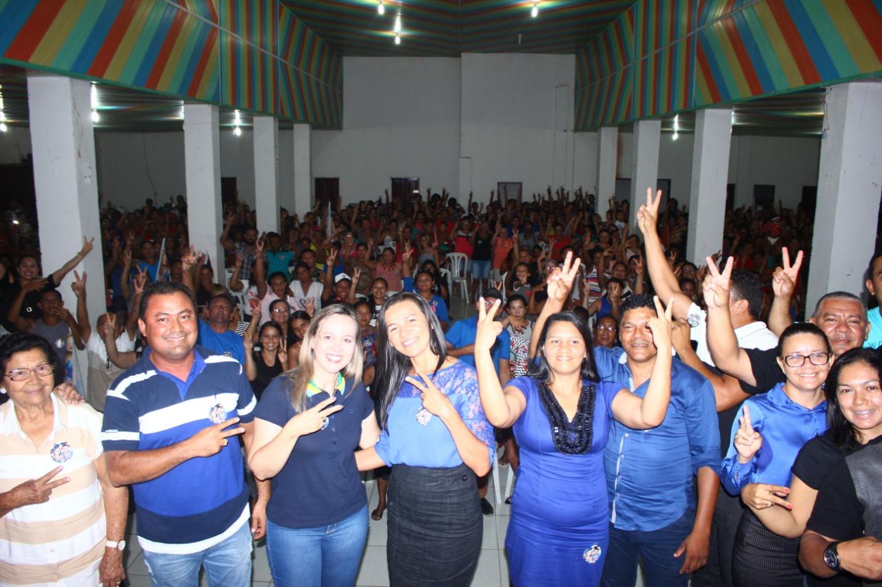 19eca15902 Detinha cumpre agenda no litoral e em Cândido Mendes tem um grande encontro  com mulheres.