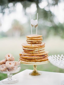 A brunch wedding can be so much fun! If you're thinking about one, be sure to check out this How To Throw The Perfect Brunch Wedding by www.abrideonabudget.com. It's filled with really fun ideas!