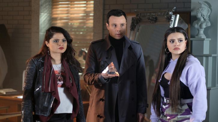 Charmed - Episode 1 22 - The Source Awakens (Season Finale