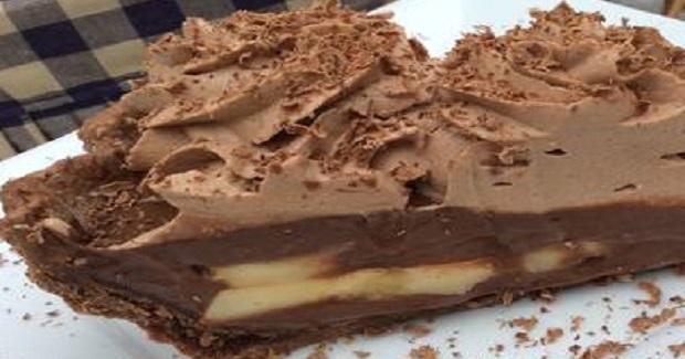 Ultimate Chocolate Banana Cream Pie