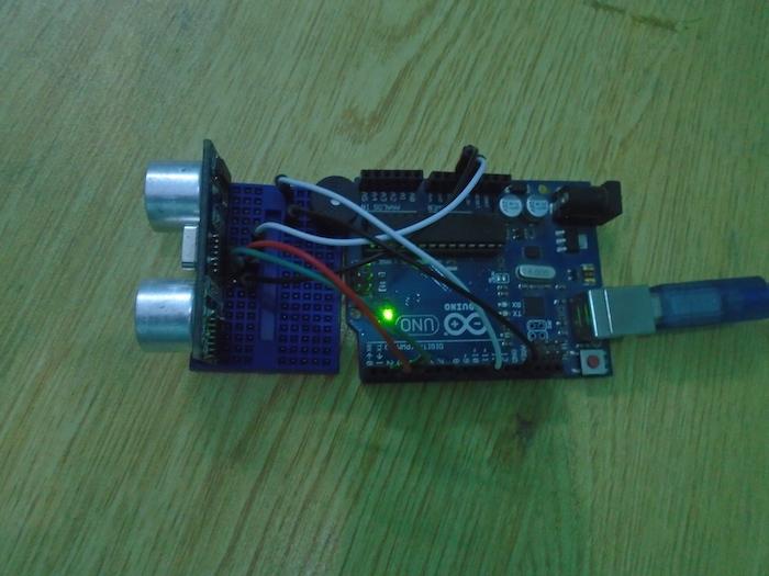Arduino Door Alarm Using an Ultrasonic Sensor 2018-2019