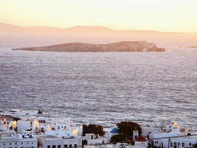 Wzburzone Morze Egejskie na Cykladach Mykonos