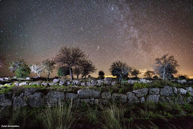 Ο Αρχαιολογικός χώρος Ελίνας (Δυμόκαστρο) κάτω από τον έναστρο ουρανό