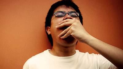 penyebab dan cara mengatasi mudah mengantuk, menguap, serangan kantuk berlebihan