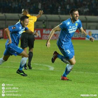 Persib Bandung Tundukkan PSM Makassar 1-0